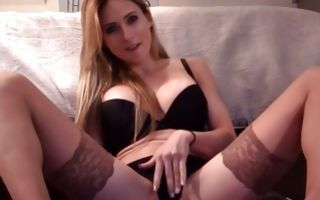 Pretty amateur chick with big boobs playing with juicy cunt