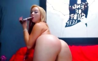 Impressive blonde Ex-GF with huge butt playing with dildo